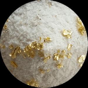KRAFTSALZ LAVENDEL - Kraftsalz mit Lavendel und Blattgold. Das frische, leicht herbe und würzige Aroma von Lavendel ähnelt Rosmarin. Für Mediterrane Küche.