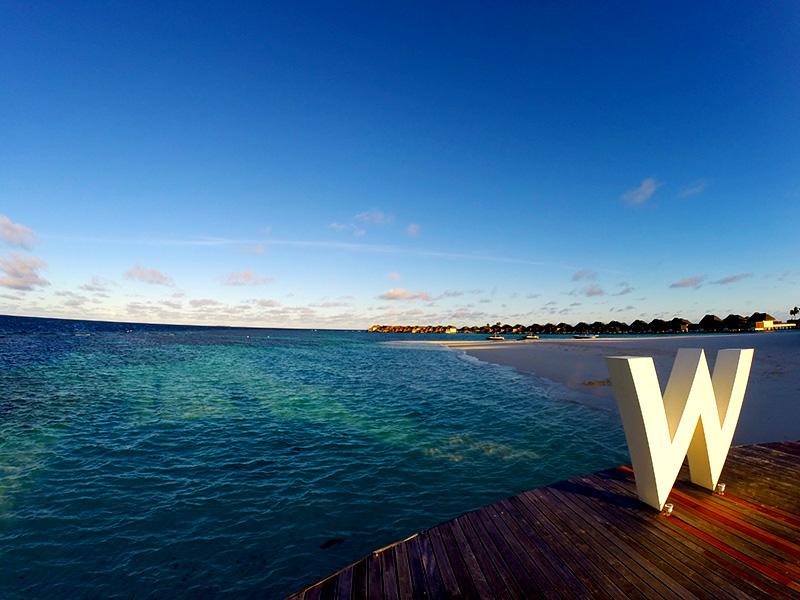 """W Retreat and Spa Malediven - Das """"W"""" grüsst."""