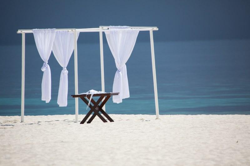 W Retreat and Spa Malediven, Vorbereitung für eine Trauung